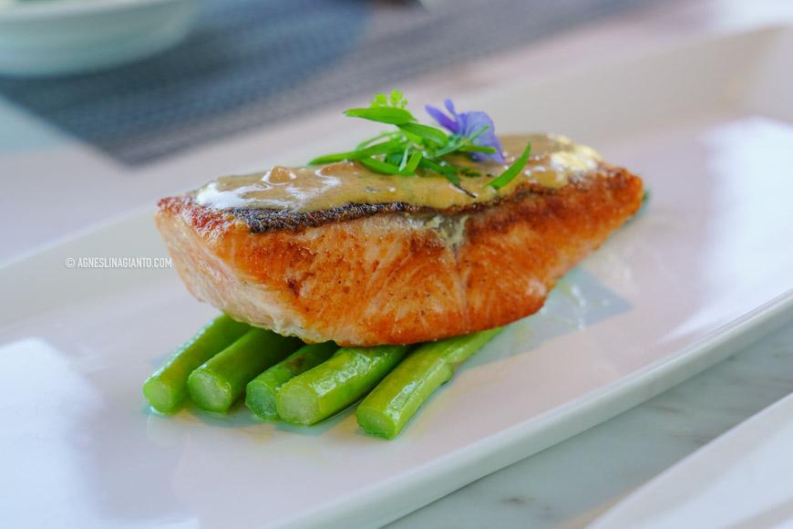 Best salmon steak in Bali