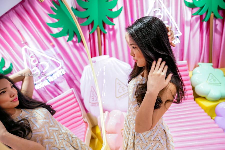 Girl at Stylenanda Pink Pool Hotel store in Bangkok