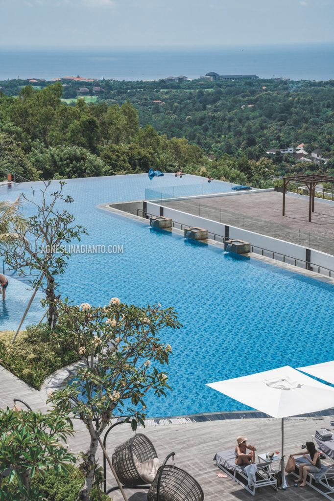 Swimming pool at luxury hotel in Bali