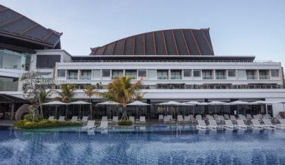 Swimming pool at Renaissance Uluwatu Bali