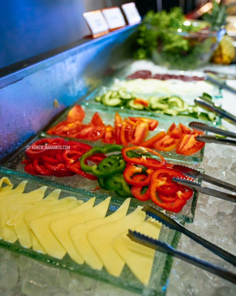 Breakfast buffet at Wyndham Jivva Bali