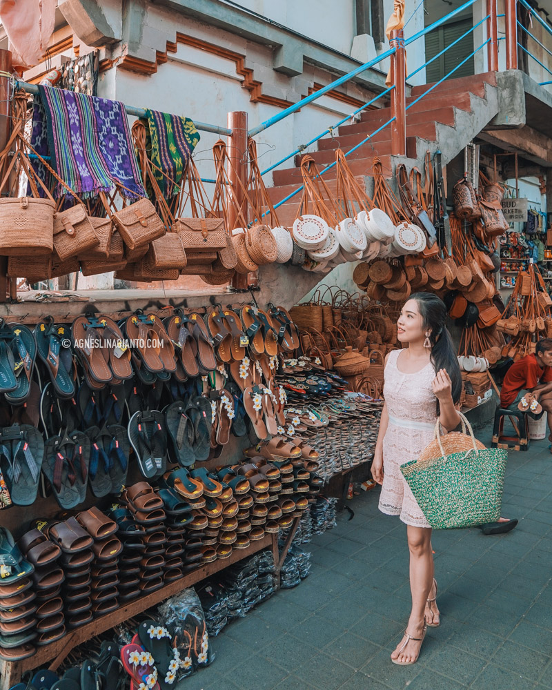 Girl Traveller at Ubud Market in Bali